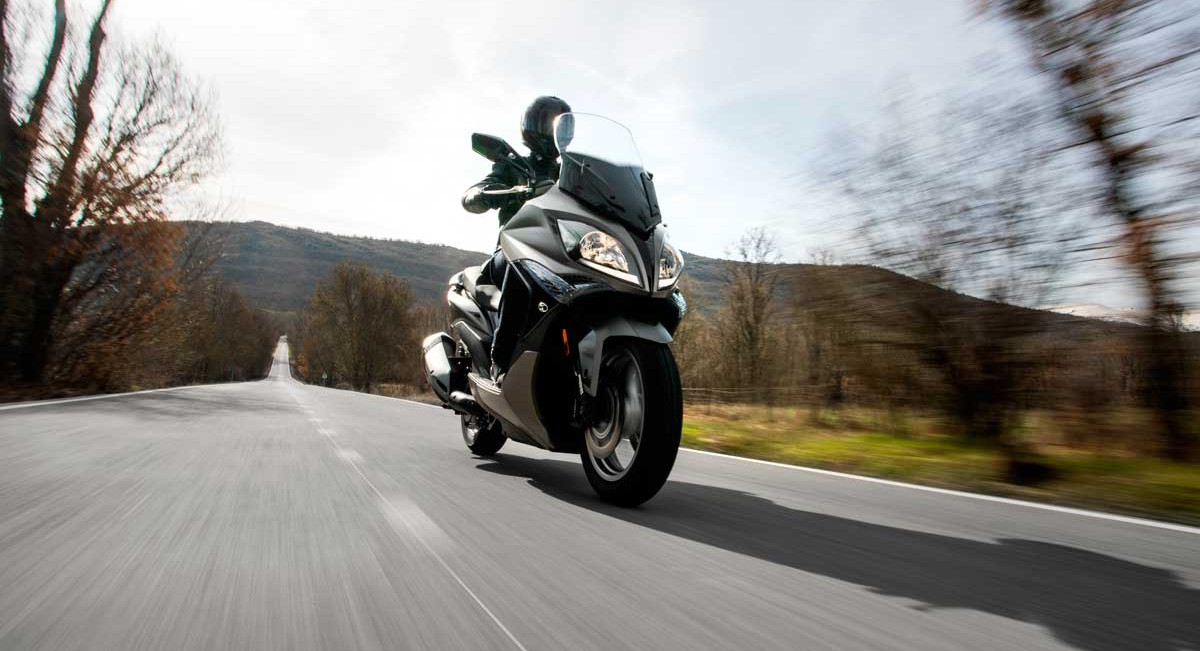 KYMCO-X-CITING-400-trafach-9